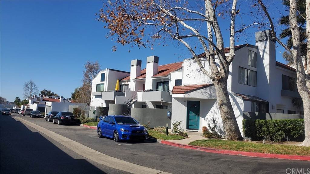17. Residential for Sale at Tivoli Lane Simi Valley, California 93065 United States