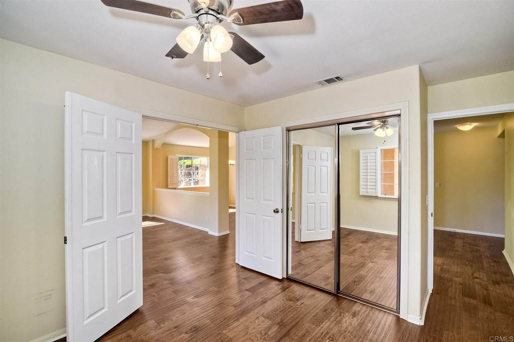 17. Residential for Sale at Meadow Lake Drive Vista, California 92084 United States