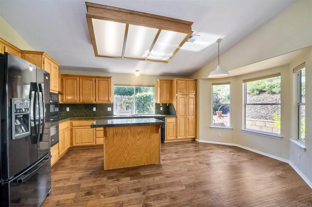 9. Residential for Sale at Meadow Lake Drive Vista, California 92084 United States