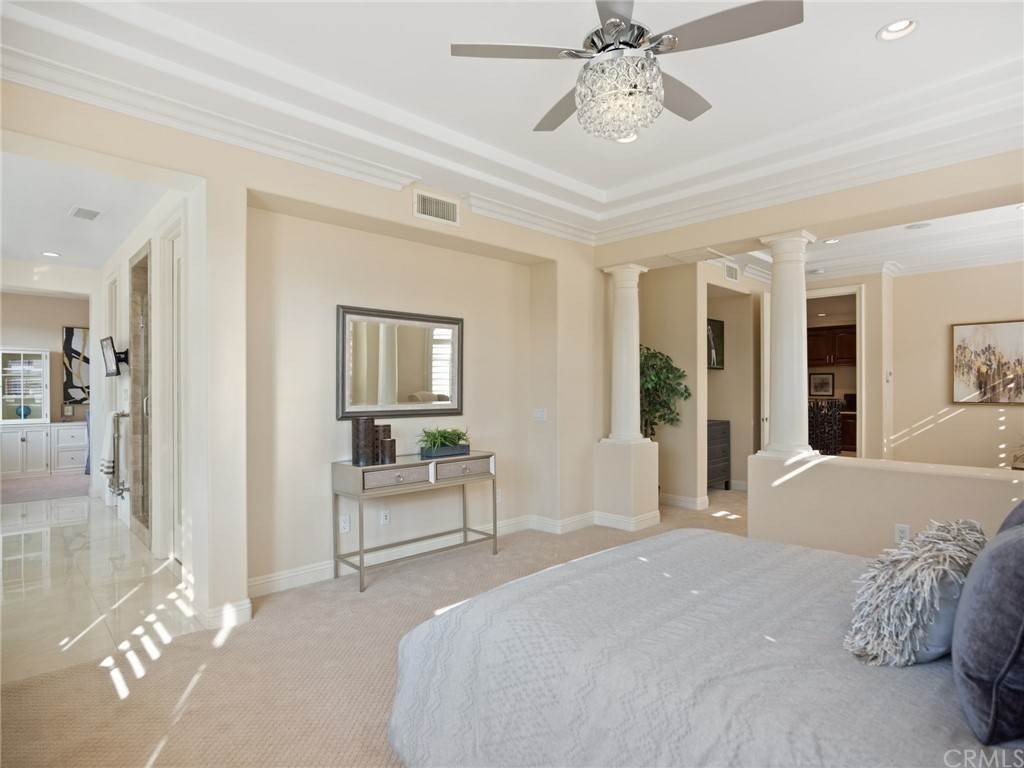 19. Residential for Sale at Singletree Drive Newport Beach, California 92660 United States