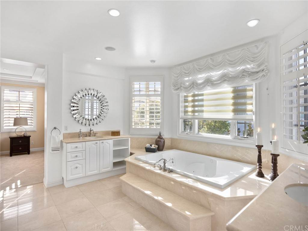 21. Residential for Sale at Singletree Drive Newport Beach, California 92660 United States
