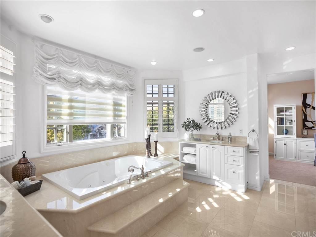22. Residential for Sale at Singletree Drive Newport Beach, California 92660 United States