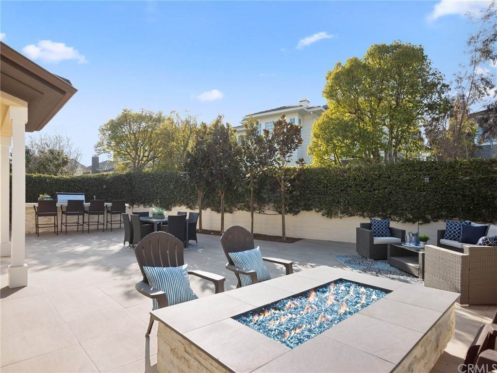 26. Residential for Sale at Singletree Drive Newport Beach, California 92660 United States