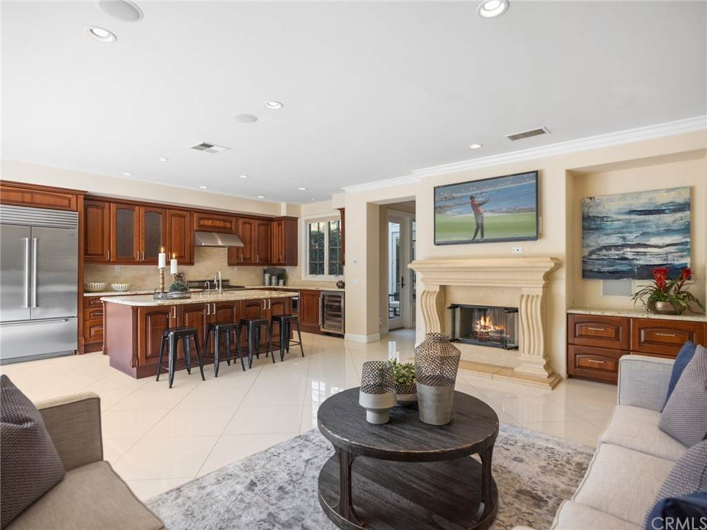 5. Residential for Sale at Singletree Drive Newport Beach, California 92660 United States