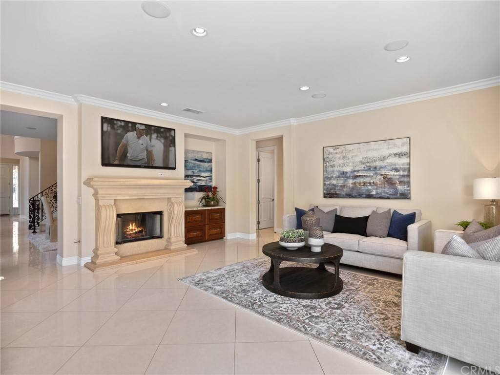 6. Residential for Sale at Singletree Drive Newport Beach, California 92660 United States