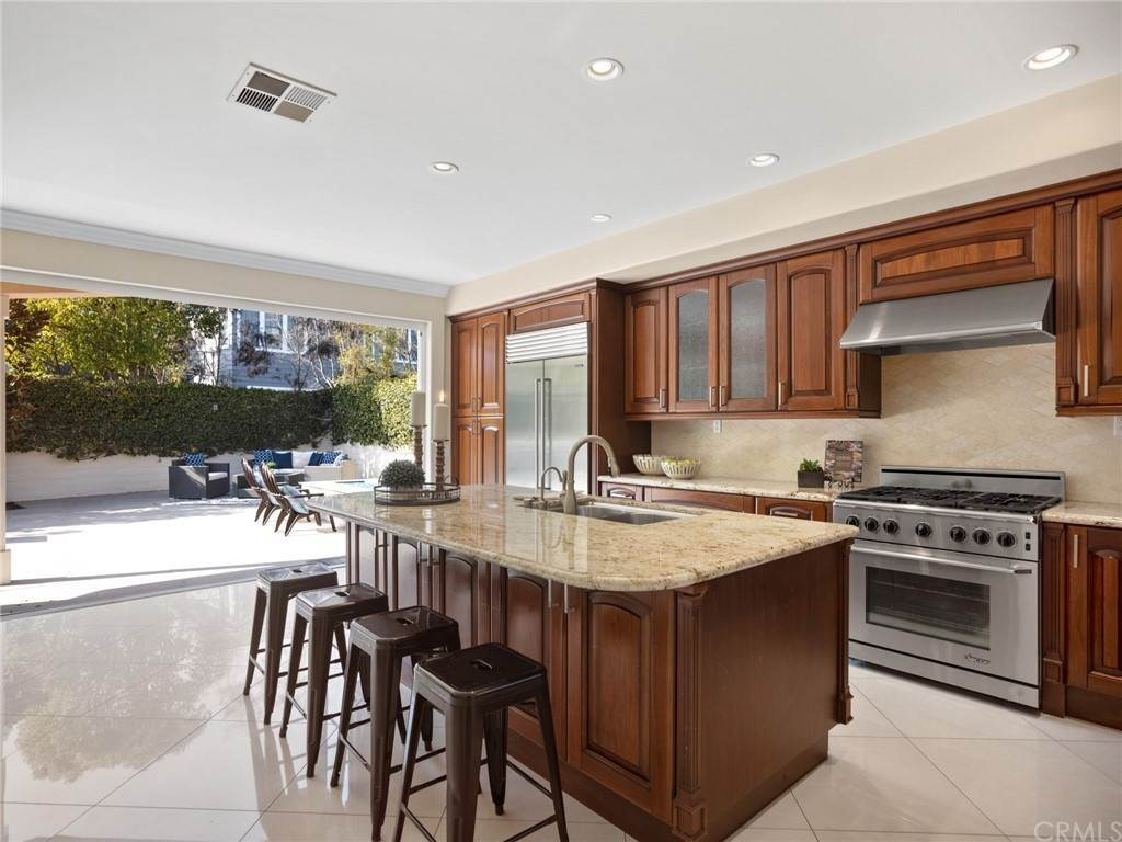 8. Residential for Sale at Singletree Drive Newport Beach, California 92660 United States