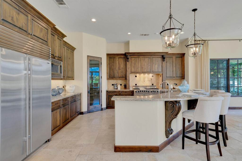 11. Residential for Sale at Deacon Drive W La Quinta, California 92253 United States