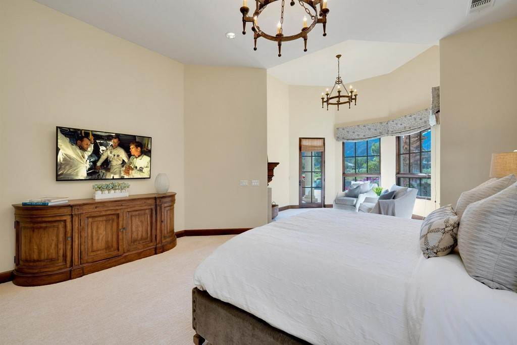 27. Residential for Sale at Deacon Drive W La Quinta, California 92253 United States