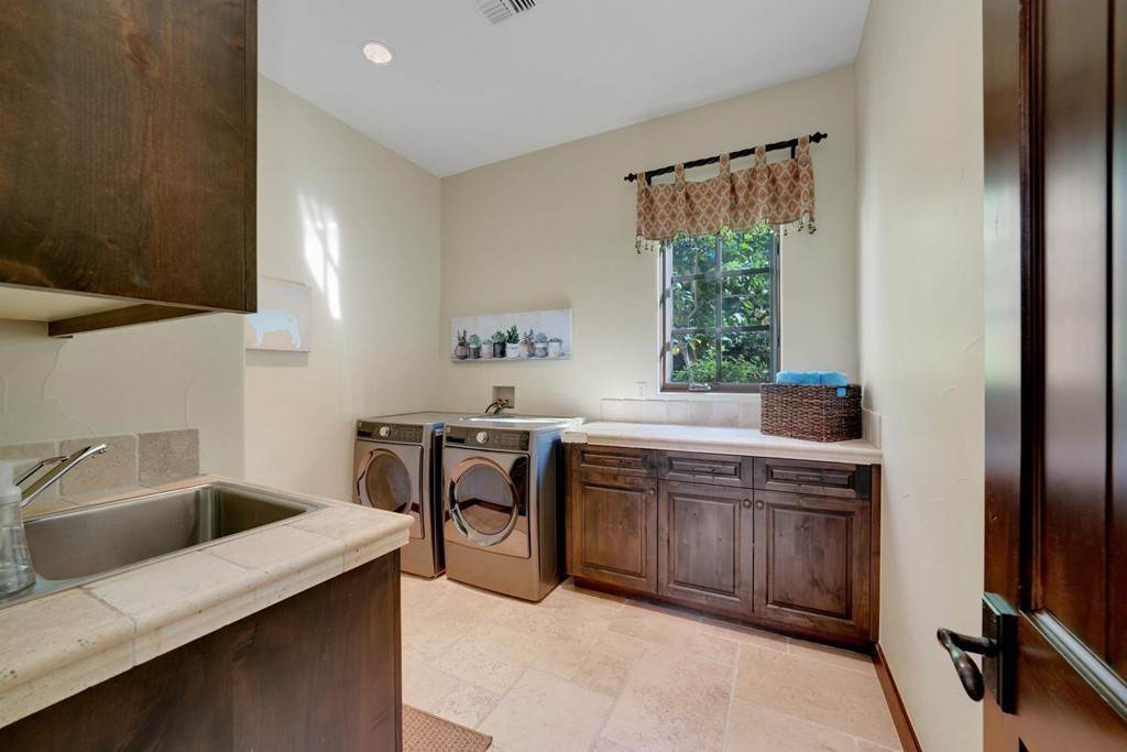 40. Residential for Sale at Deacon Drive W La Quinta, California 92253 United States