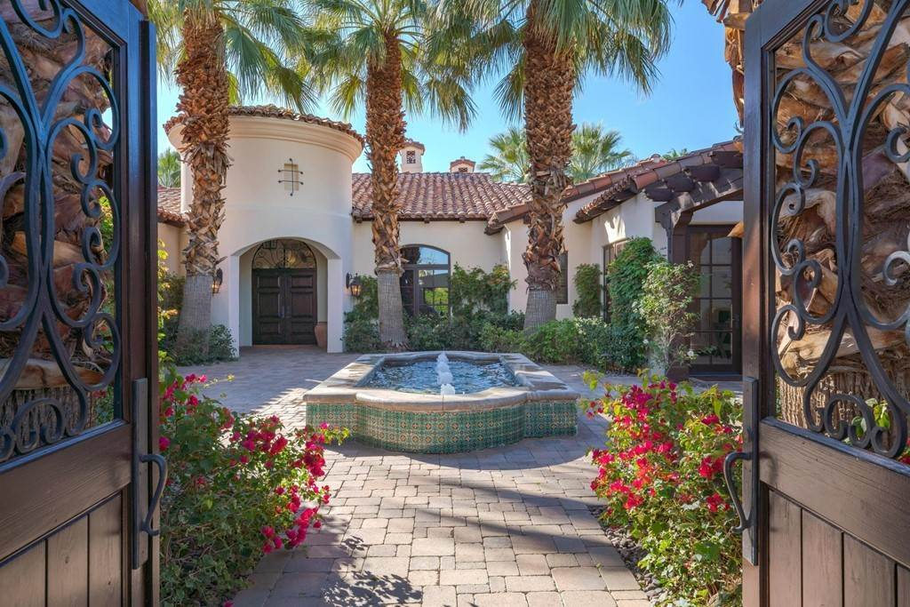 9. Residential for Sale at Deacon Drive W La Quinta, California 92253 United States