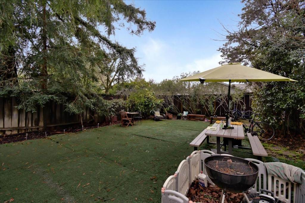 8. Residential Income for Sale at Yale Street Palo Alto, California 94306 United States