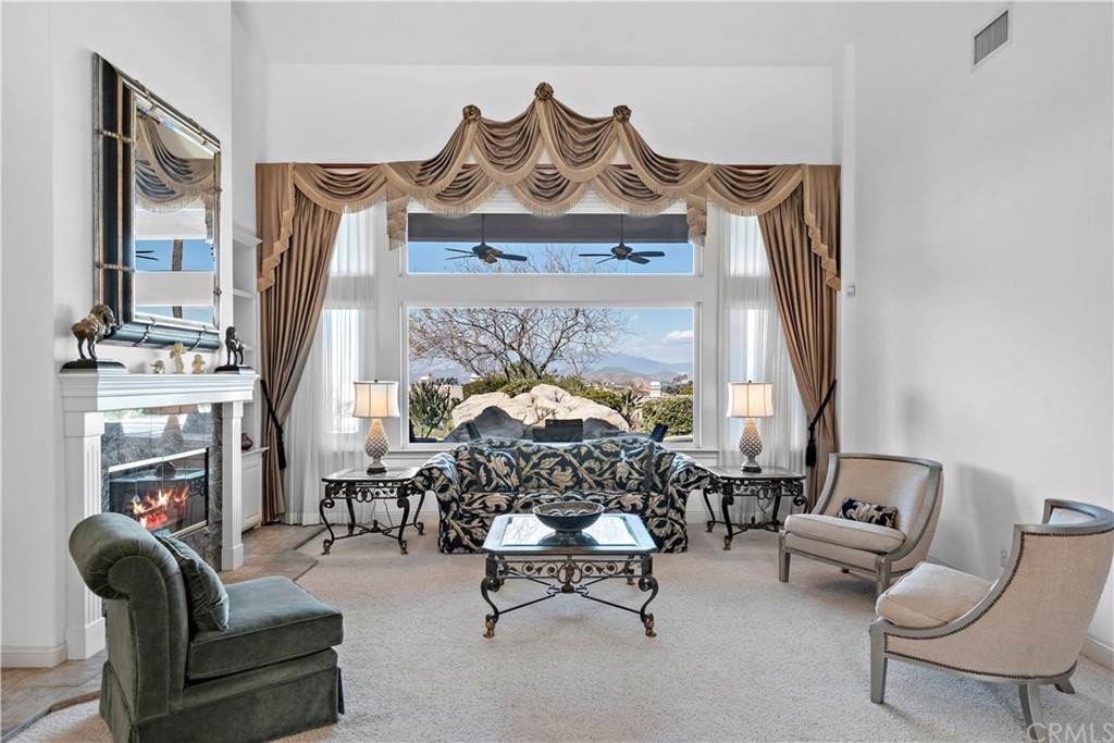 4. Residential for Sale at Wyndham Hill Drive Riverside, California 92506 United States