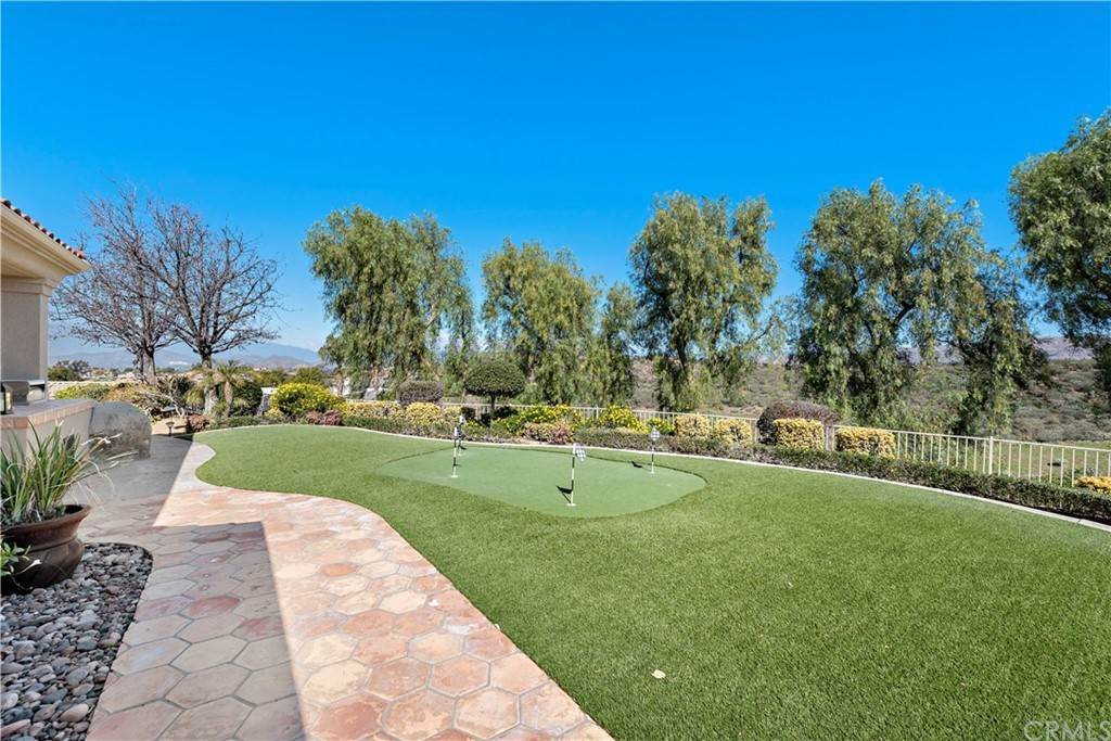44. Residential for Sale at Wyndham Hill Drive Riverside, California 92506 United States