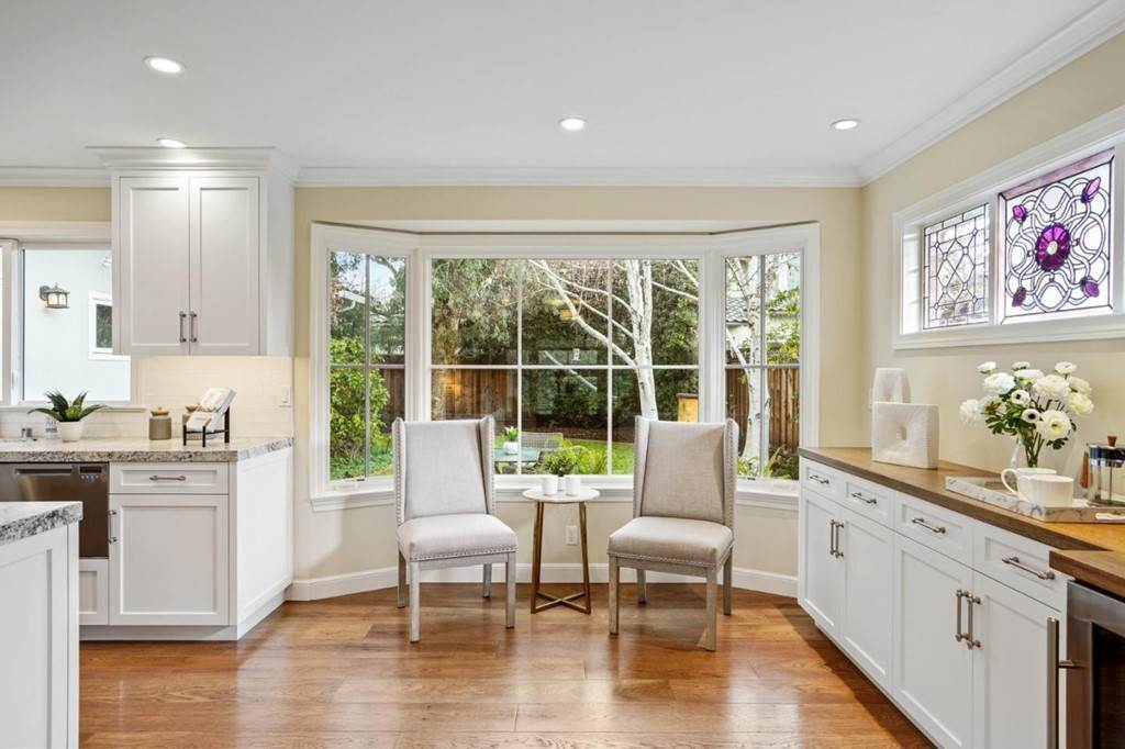 13. Residential for Sale at Sharon Court Palo Alto, California 94301 United States