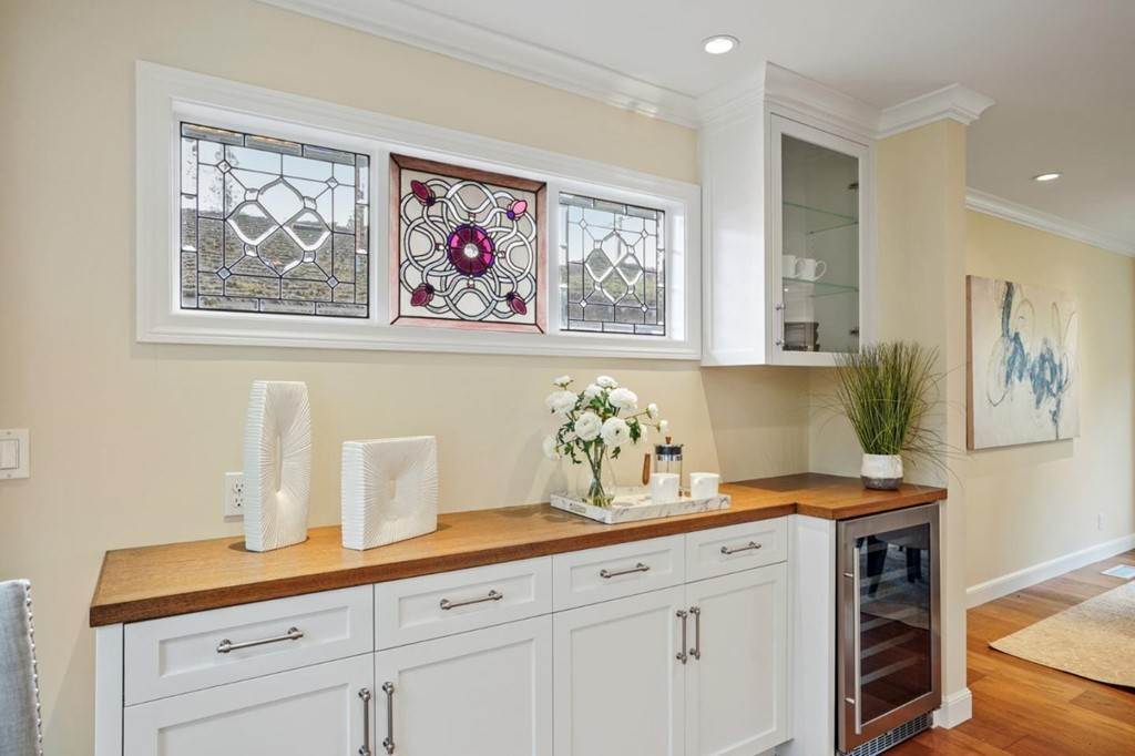 16. Residential for Sale at Sharon Court Palo Alto, California 94301 United States