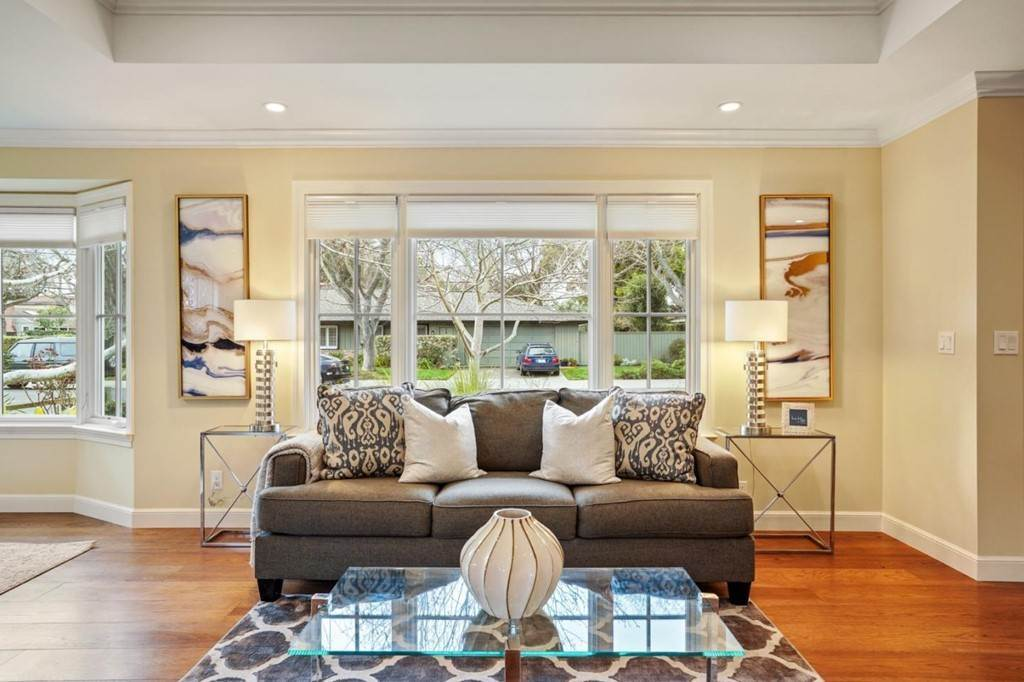 23. Residential for Sale at Sharon Court Palo Alto, California 94301 United States
