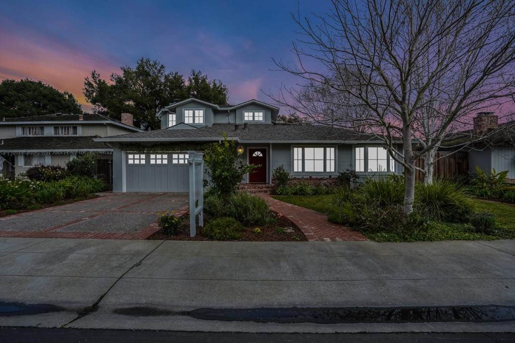3. Residential for Sale at Sharon Court Palo Alto, California 94301 United States