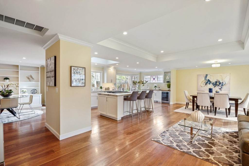 6. Residential for Sale at Sharon Court Palo Alto, California 94301 United States