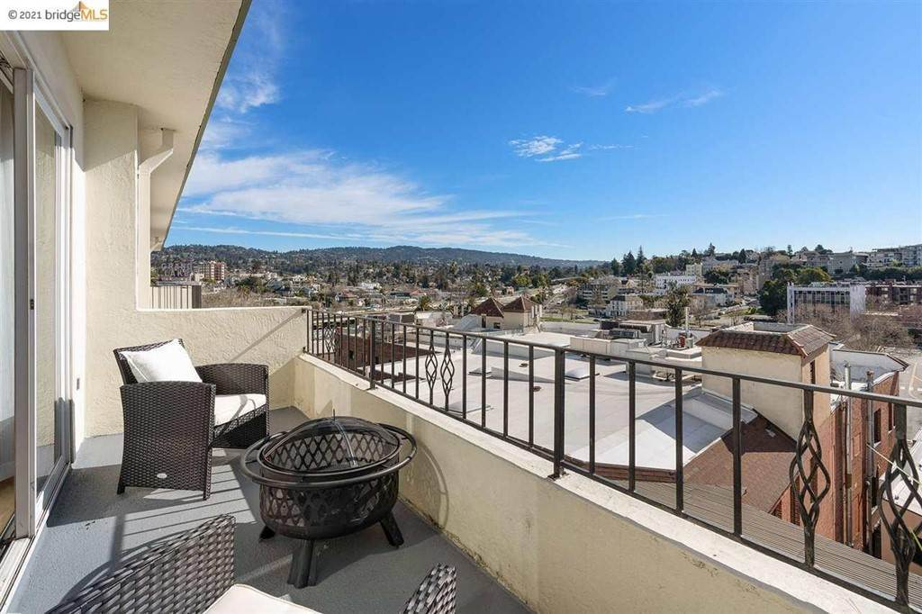 35. Residential for Sale at Lagunitas Avenue Oakland, California 94610 United States