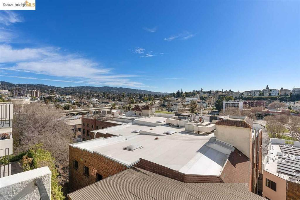 36. Residential for Sale at Lagunitas Avenue Oakland, California 94610 United States
