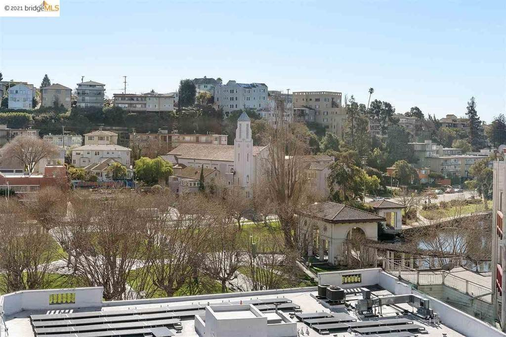 38. Residential for Sale at Lagunitas Avenue Oakland, California 94610 United States
