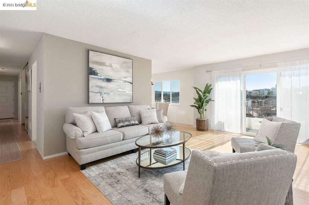 6. Residential for Sale at Lagunitas Avenue Oakland, California 94610 United States