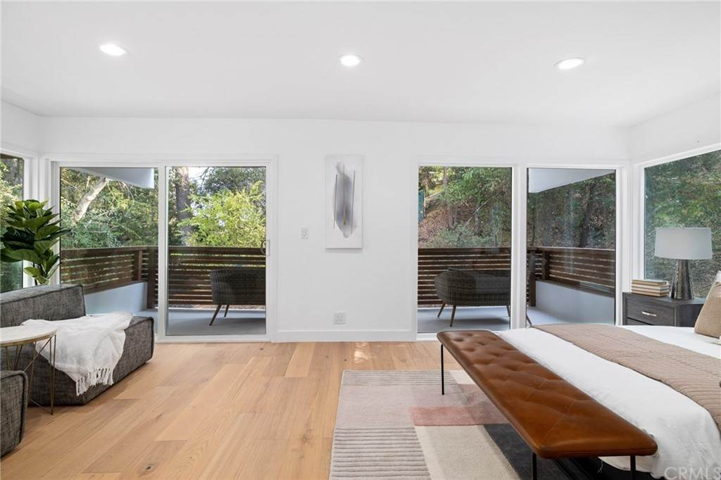 29. Residential for Sale at Wellington Avenue Pasadena, California 91103 United States