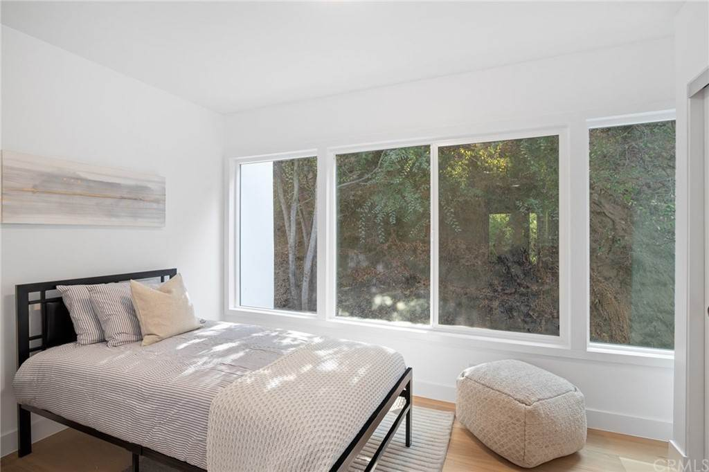 40. Residential for Sale at Wellington Avenue Pasadena, California 91103 United States