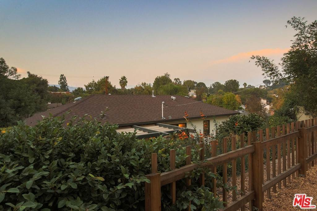 43. Residential for Sale at Tamarac Drive Pasadena, California 91105 United States