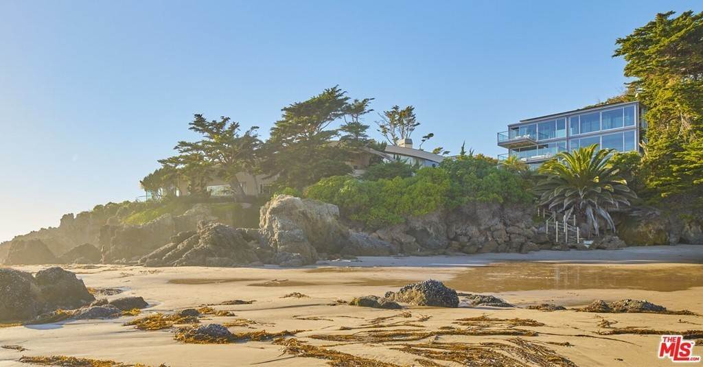 27. Residential for Sale at Point Lechuza Drive Malibu, California 90265 United States