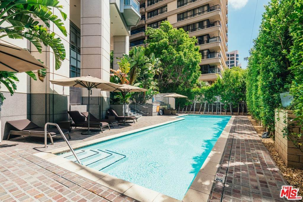 31. Residential for Sale at WILSHIRE Boulevard Los Angeles, California 90024 United States