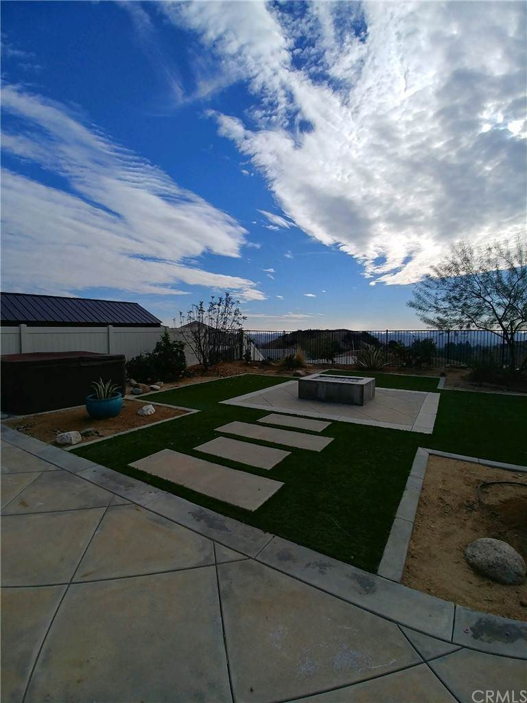 26. Residential for Sale at Singleton Canyon Road Calimesa, California 92320 United States