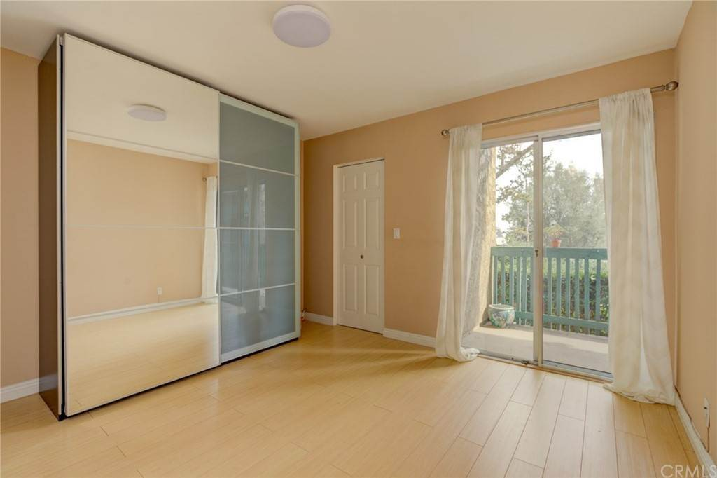 15. Residential for Sale at N Bellflower Boulevard Long Beach, California 90814 United States