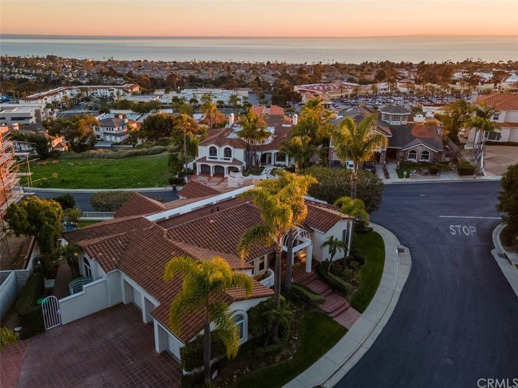 20. Residential for Sale at Via Cancha San Clemente, California 92673 United States
