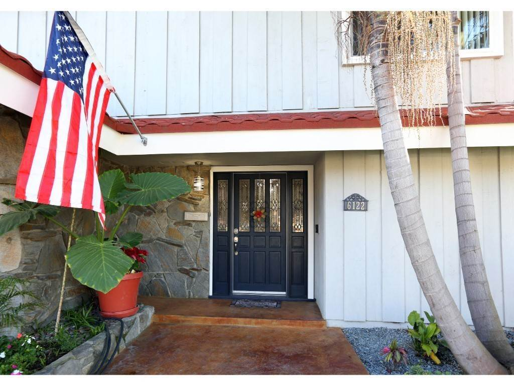 3. Residential for Sale at Softwind Drive Huntington Beach, California 92647 United States