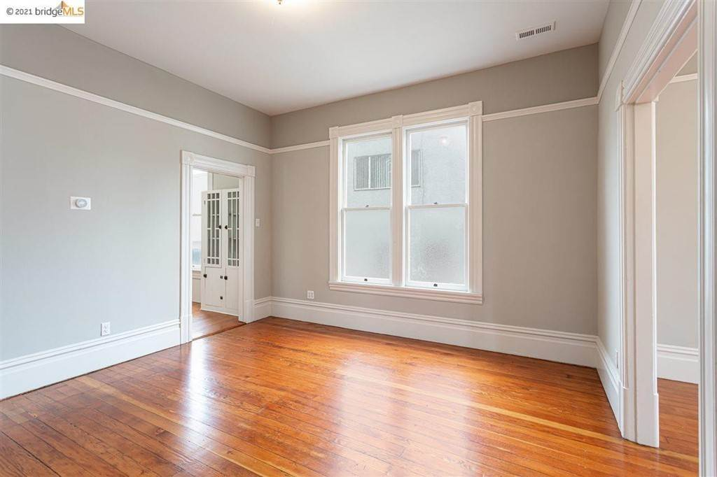 17. Residential for Sale at Mcclelland Street Oakland, California 94619 United States