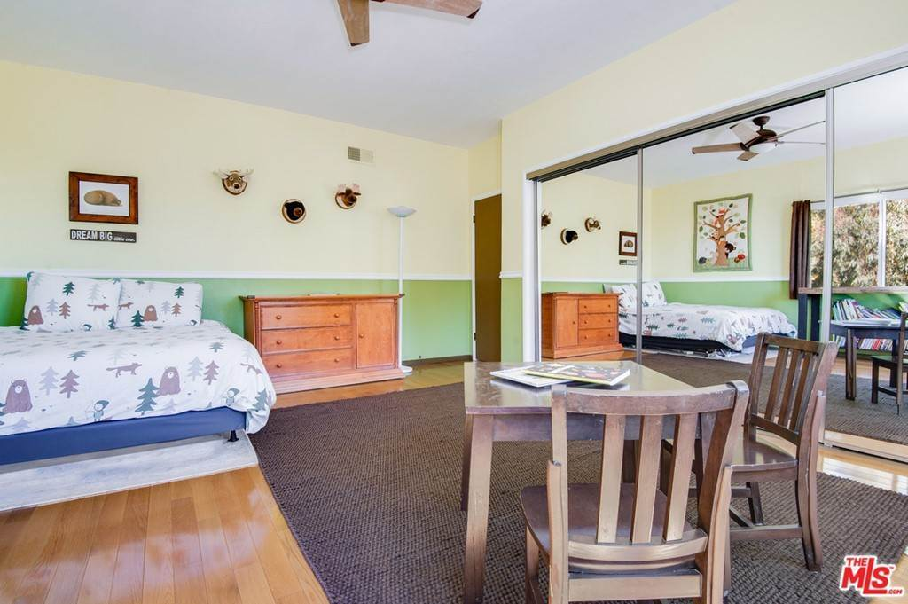 37. Residential for Sale at Saddle Peak Road Topanga, California 90290 United States
