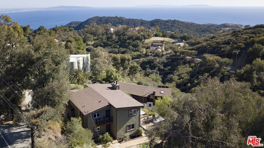 43. Residential for Sale at Saddle Peak Road Topanga, California 90290 United States