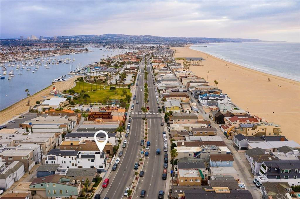 23. Residential for Sale at W Balboa Boulevard Newport Beach, California 92663 United States
