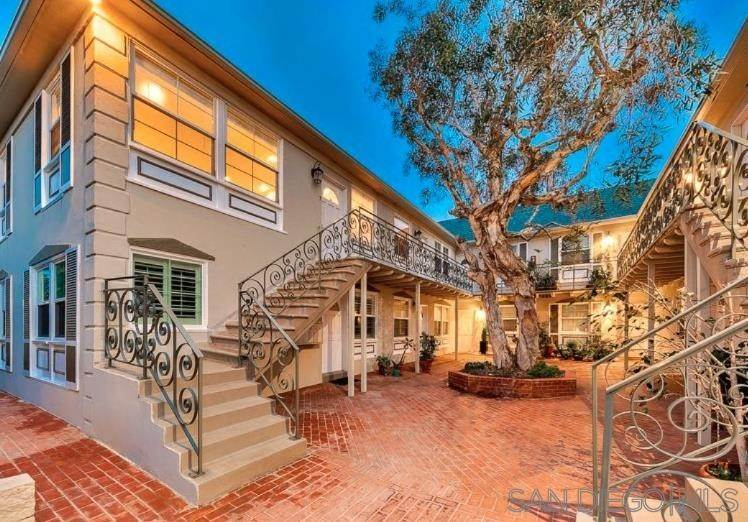 22. Residential for Sale at Bonair La Jolla, California 92037 United States
