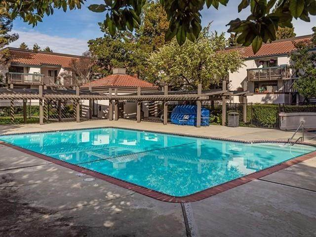 20. Residential for Sale at San Conrado Terrace Sunnyvale, California 94085 United States