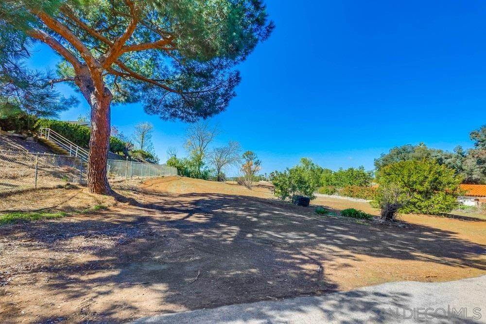 27. Residential for Sale at Proctor Valley Road Jamul, California 91935 United States