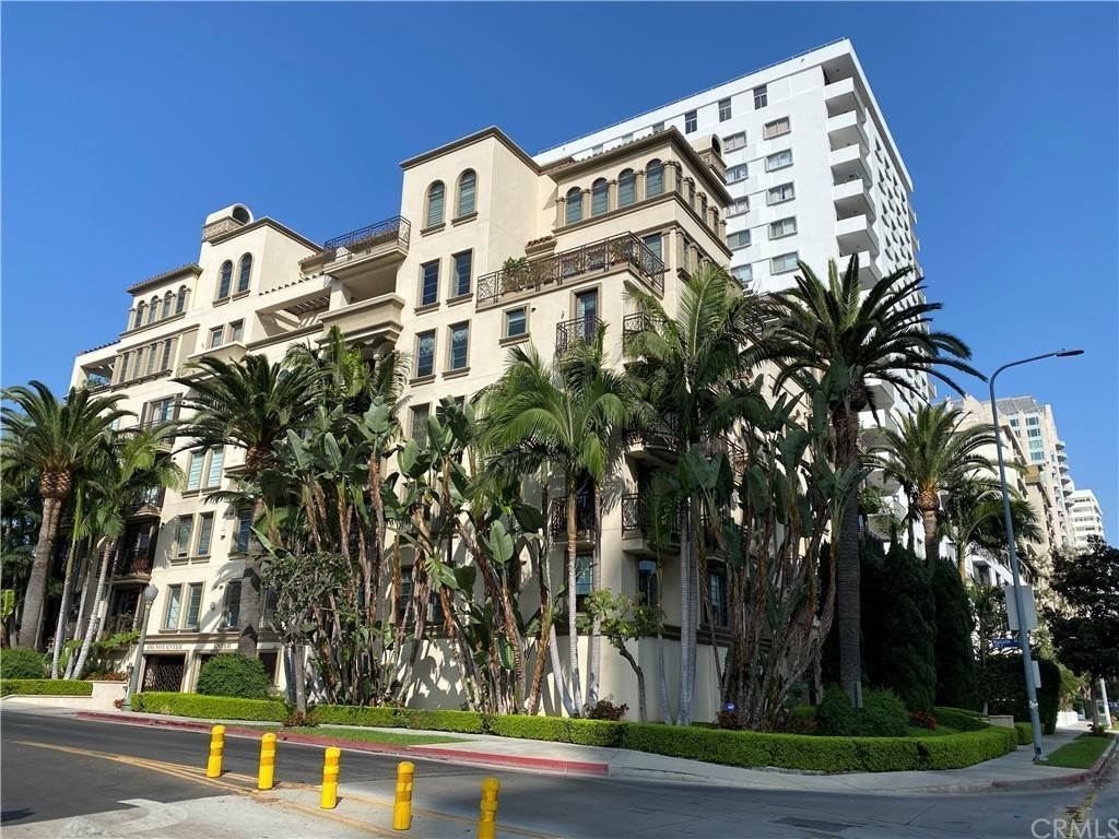 17. Residential Lease at Wilshire Boulevard Los Angeles, California 90024 United States