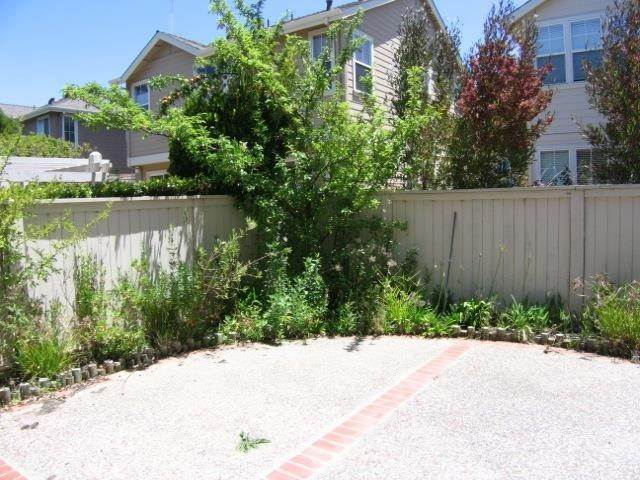 24. Residential Lease at Lacewing Lane Redwood City, California 94065 United States