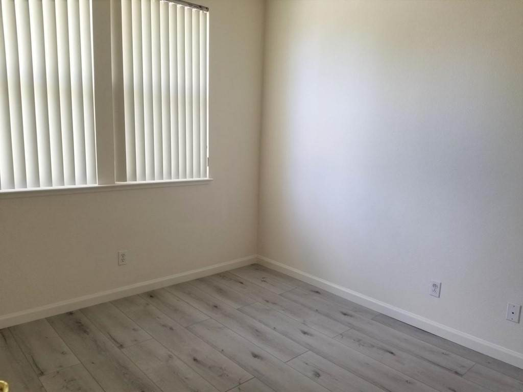 8. Residential Lease at Lacewing Lane Redwood City, California 94065 United States