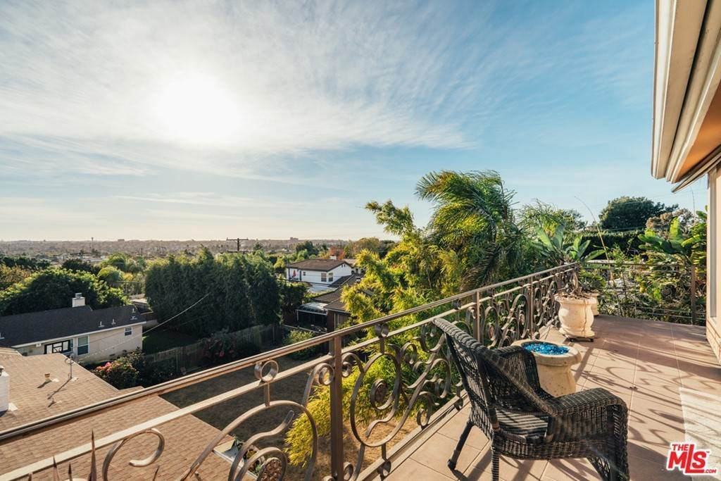 23. Residential for Sale at S Corning Avenue Los Angeles, California 90056 United States