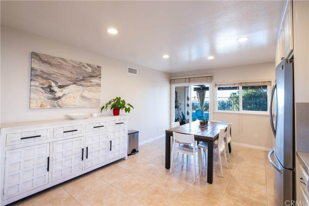 9. Residential for Sale at Via San Gabriel Mission Viejo, California 92691 United States