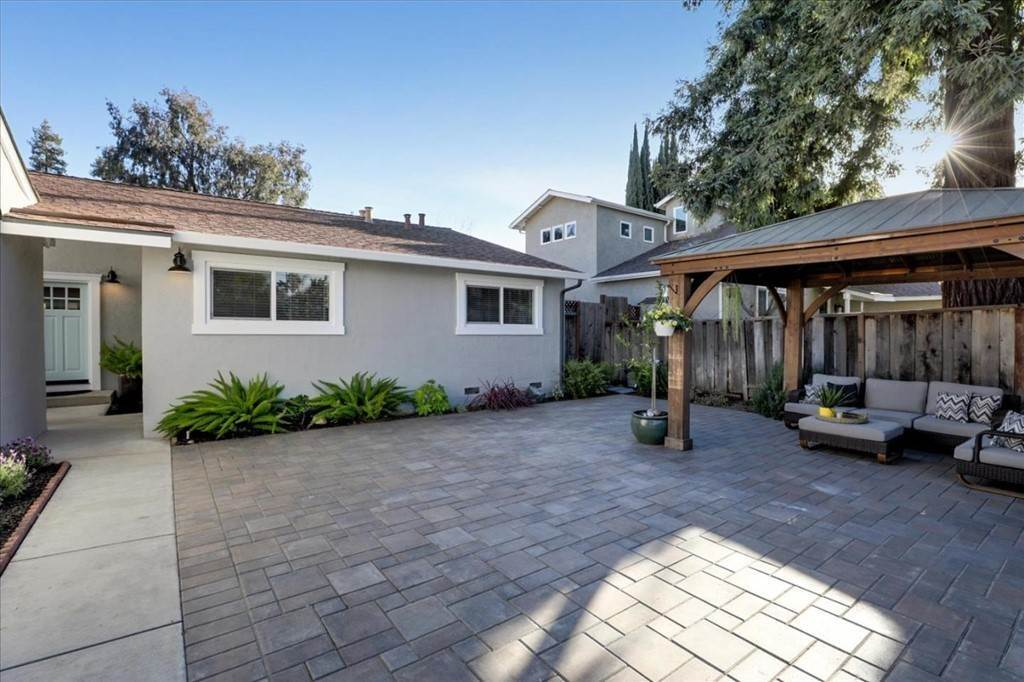 5. Residential for Sale at Blackstone Avenue San Jose, California 95118 United States