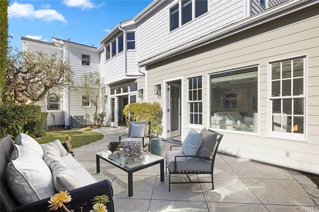 13. Residential for Sale at Aliso Avenue Newport Beach, California 92663 United States