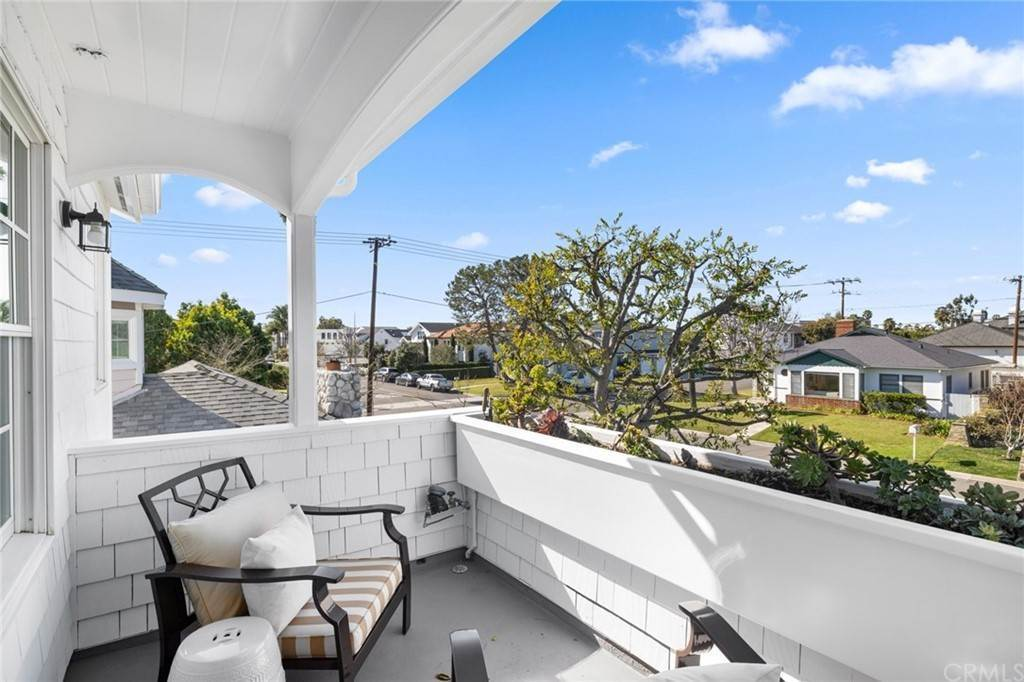 16. Residential for Sale at Aliso Avenue Newport Beach, California 92663 United States